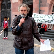 Demo vom Netzwerk Konkrete Solidarität