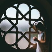 Foto: © unsplash.com/ Photo by Toa Heftiba