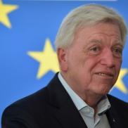 Foto: Ministerpräsident Volker Bouffier (CDU) sieht das Thema Klimaschutz als Hauptgrund für das schlechte Abschneiden seiner Partei (Foto: Bernd Kammerer)