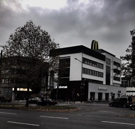 Journal Frankfurt Nachrichten - Hotelgast um Geld und Auto erleichtert ...