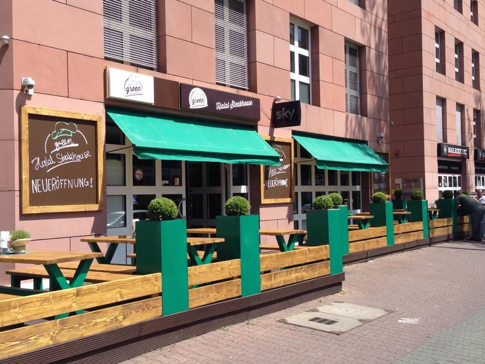 Journal Frankfurt Nachrichten Steakhaus Betreiber Wird Von Rechten
